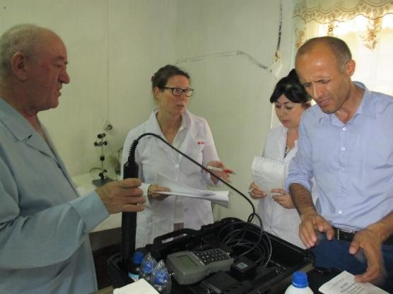 Ms. Katarina Björklöf and the staff of TAjikhydromet surface water laboratory are calibrating field meters