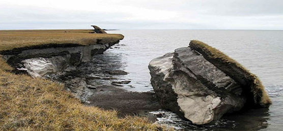 Recent Arctic erosion and loss of permafrost along the Alaskan coast. Photo from USGS